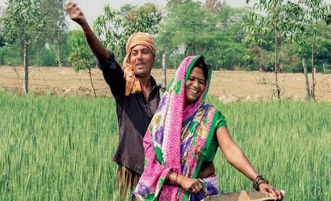 किसानों को आर्थिक विकास हेतु सरकार द्वारा खाद्य प्रसंस्करण पर आधारित उद्योगों को बढ़ावा