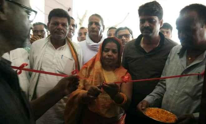 रेशमा देवी प्रोजेक्ट कन्या उच्च माध्यमिक विद्यालय में स्मार्ट क्लास का हुआ उद्घाटन