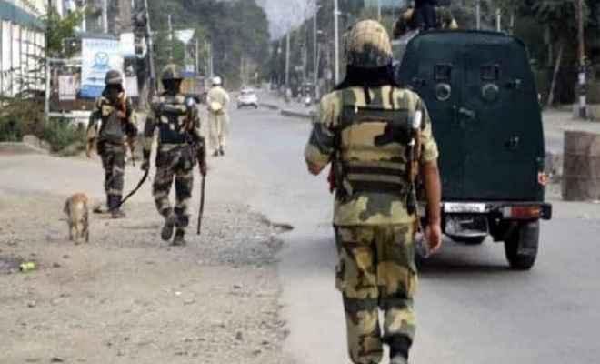 मोहर्रम के मौके पर कश्मीर घाटी के ज्यादातर हिस्सों में कर्फ्यू जैसे प्रतिबंध, सुरक्षा व्यवस्था कड़ी