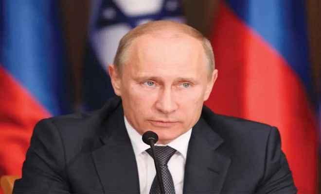रूस में रहे सीआईए अधिकारी का दावा- पुतिन ने दिया था अमेरिकी राष्ट्रपति के चुनाव में दखल का आदेश