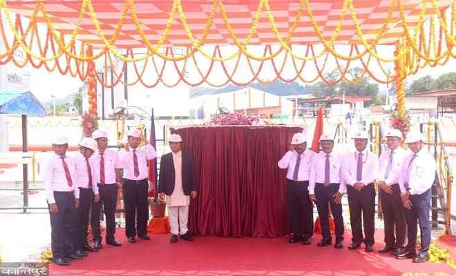 पीएम मोदी व नेपाल के प्रधानमंत्री केपी शर्मा ओली ने वीडियो कान्फ्रेंस के माध्यम से नेपाल–भारत पेट्रोलियम पाइपलाइन का किया उदघाटन