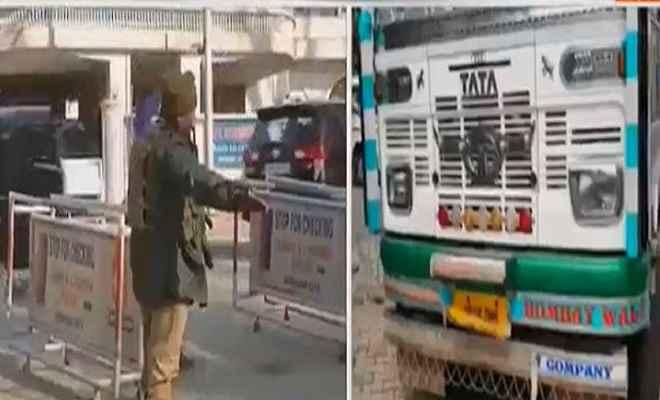 पंजाब-जम्मू कश्मीर बॉर्डर पर तीन आतंकी गिरफ्तार, भारी मात्रा में हथियार भी बरामद
