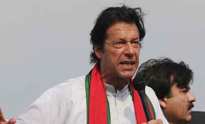 कश्मीर को लेकर बौखला रहे इमरान खान की नई चाल, मुजफ्फराबाद में करेंगे बड़ी रैली