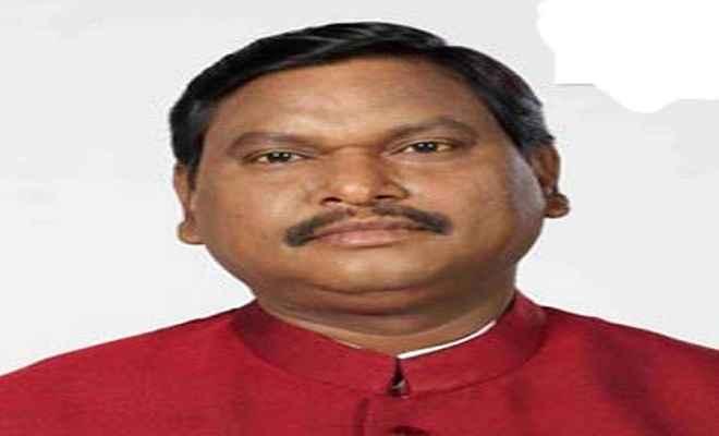 जनजातियों के विकास को लेकर संवेदनशील हैं प्रधानमंत्री  मोदी: अर्जुन मुंडा