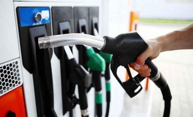 दिल्ली में पेट्रोल 73 रुपये पार, डीजल भी 28 पैसा हुआ महंगा, जानें आज के भाव