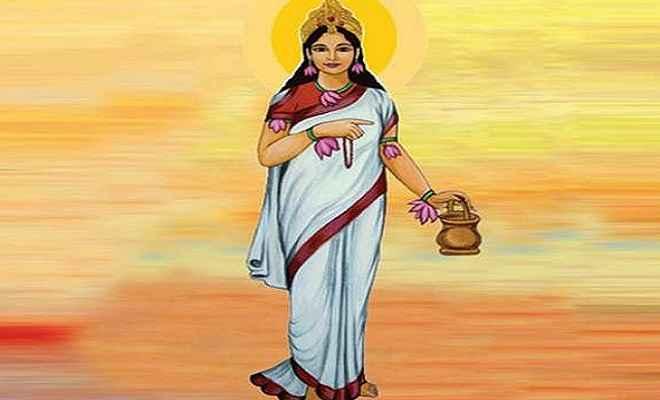 शारदीय नवरात्रि 2019: नवरात्रि के दूसरे दिन करें मां ब्रह्मचारिणी की आराधना, ये है पूजा विधि और मंत्र