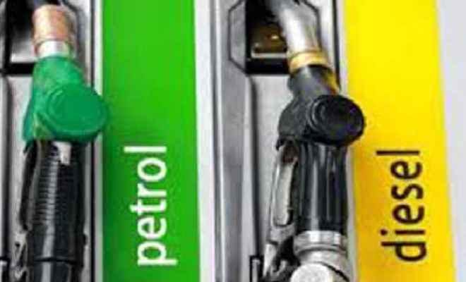 पेट्रोल 8 पैसा और डीजल 10 पैसा प्रति लीटर हुआ महंगा, जानें आज के भाव
