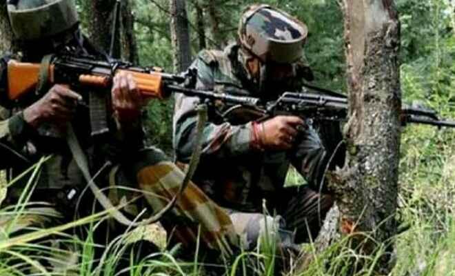 जम्मू कश्मीर के पुलवामा में कल सुरक्षा बलों के साथ मुठभेड़ में मारे गए तीन आतंकी