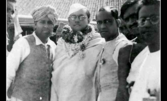 नेताजी सुभाषचंद्र बोस की यादों को संयोजने की योजना: डॉ देवरे