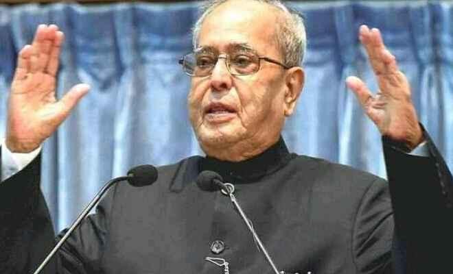 निर्वाचन आयोग की गरिमा धूमिल करने का कोई भी प्रयास लोकतंत्र को कमजोर करना है: श्री प्रणब मुखर्जी