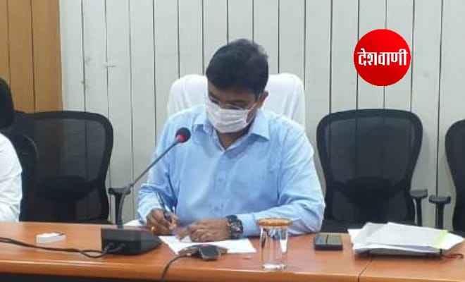 कोविड-19 के सुरक्षामूलक निदेशों का शत-प्रतिशत अनुपालन सुनिश्चित कराएं पदाधिकारी: कुंदन कुमार