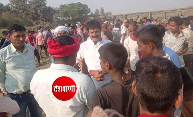 काँग्रेस नेता रामबाबू यादव ने कहा- देश के अन्नदाता हैं किसान,इसलिए किसानों की माँग माने सरकार