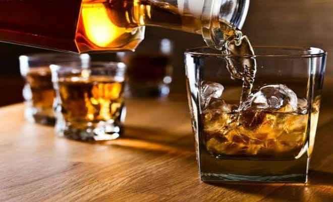 कोरोना काल में और बड़ी शराब की खपत, रिसर्च के मुताबिक लॉकडाउन के दौरान लोगों में शराब पीने की आदत में हुई तेजी से वृद्धि