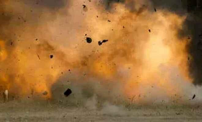 पटना के गांधी मैदान से सटे इलाके में ब्लास्ट होने से करीब आधा दर्जन लोग घायल