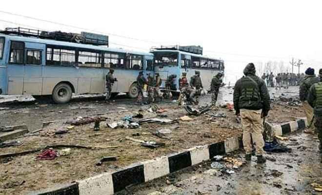 पुलवामा हमले के शहीदों को राष्ट्रपति और प्रधानमंत्री ने दी श्रद्धांजलि
