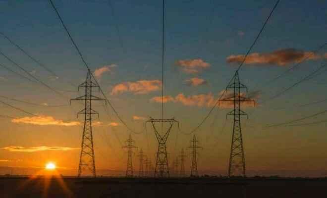 पश्चिम चम्पारण में बिजली विभाग की मनमानी से उपभोक्ता परेशान