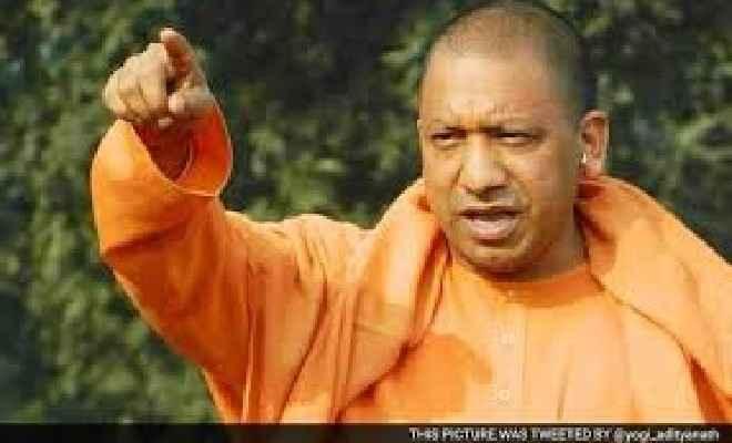 कोरोना : मुख्यमंत्री योगी की नाराजगी का शिकार हुए नोएडा डीएम बीएन सिंह हटाये गये, नये डीएम बने सुहास एलवाई