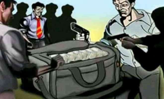 मुजफ्फरपुर में बैंक ऑफ इंडिया से 13 लाख की लूट, सीसीटीवी फुटेज के आधार पर जांच जारी