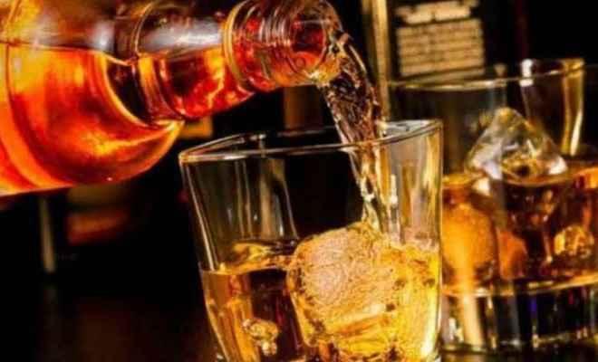 दिल्ली में आज से शराब की प्राइवेट दुकानें भी खुलेंगी, आबकारी विभाग ने दी अनुमति