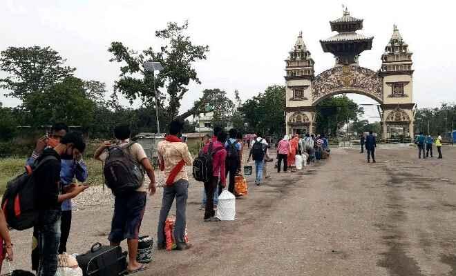 रक्सौल में क्वारेंटाइन किये गये नेपाली नागरिक लगभग दो माह बाद स्वदेश लौटे