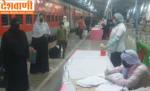 प्रवासी श्रमिको को लेकर श्रमिक स्पेशल ट्रेन छत्रपति शिवाजी महाराज टर्मिनल मुम्बई से बेतिया पहुँची