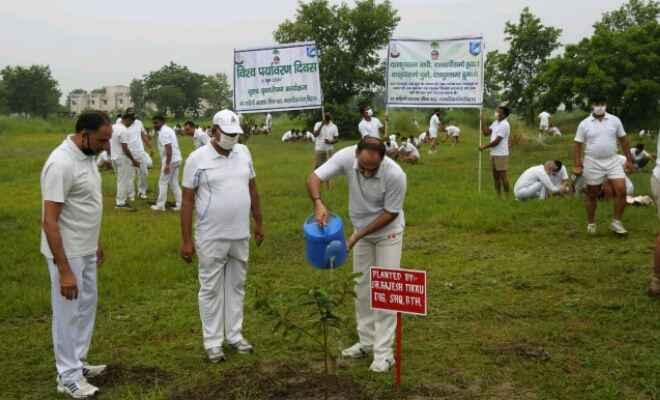 बेतिया में विश्व पर्यावरण दिवस पर एसएसबी का वृक्षारोपण सम्पन्न