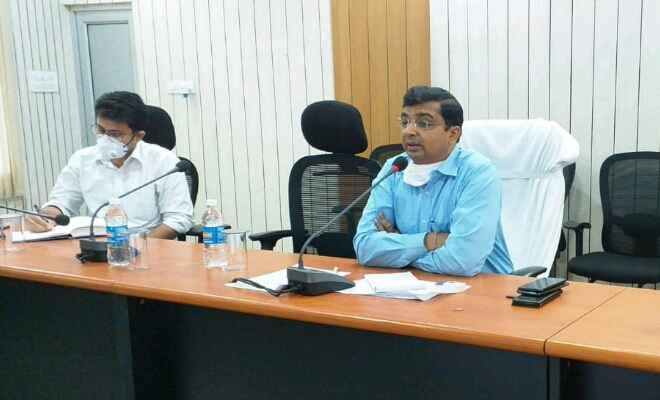 आपदा को अवसर में बदल पश्चिम चम्पारण को शिखर तक पहुंचायें: कुंदन कुमार