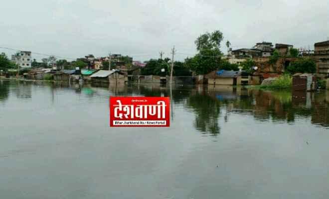 रक्सौल नगर परिषद की लापरवाही से शहर के अधिकांश वार्ड में जलजमाव की समस्या