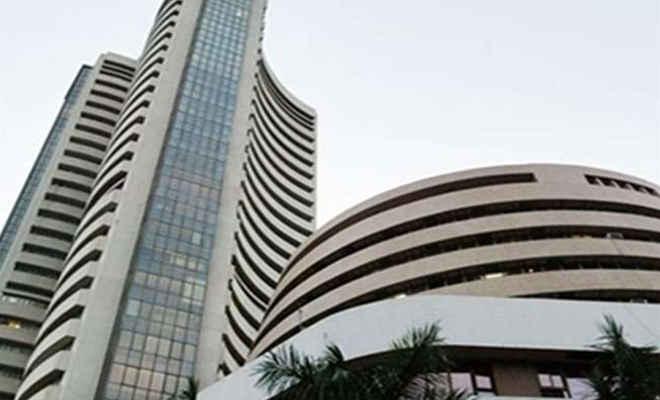 शेयर बाजार: सेंसेक्स 98 अंक गिरकर और निफ्टी 11,450 के नीचे बंद हुआ, रुपया में पांच पैसे की बढ़त