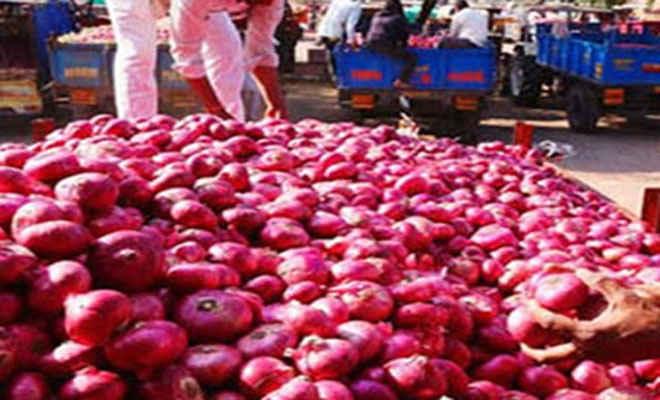 भारत ने लगाया प्याज के निर्यात पर प्रतिबंध तो नेपाल में 150 रुपए किलो तक पहुंची कीमत