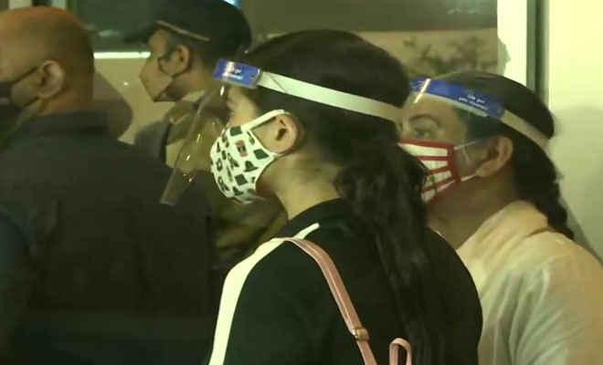 ड्रग्स केस: सारा अली खान मुंबई पहुंची, दीपिका पादुकोण भी आज रात गोवा से होंगी रवाना