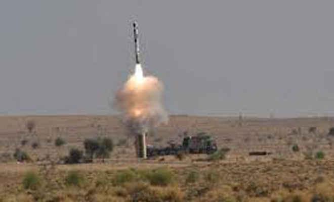 भारत ने किया रक्षा शक्तियों में और इजाफा, ब्रह्मोस मिसाइल का सफल परीक्षण, मारक क्षमता 400 किमी से ज्यादा