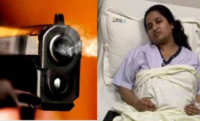 दिल्ली: बदमाशों ने बीजेपी पार्षद के भाई और पत्नी से लूटपाट कर भतीजी को मारी गोली