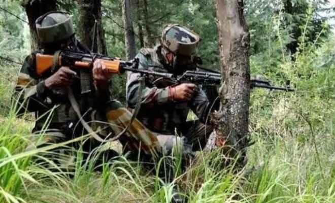 जम्मू-कश्मीर: मुठभेड़ में तीन आतंकी ढेर, 3 जवान भी हुए शहीद
