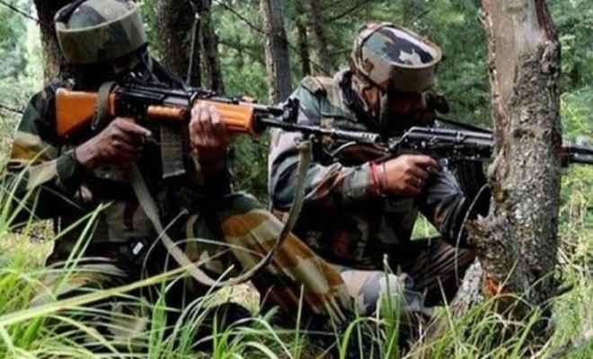 जम्मू-कश्मीर: सुरक्षाबलों के साथ मुठभेड में दो आतंकवादी ढेर