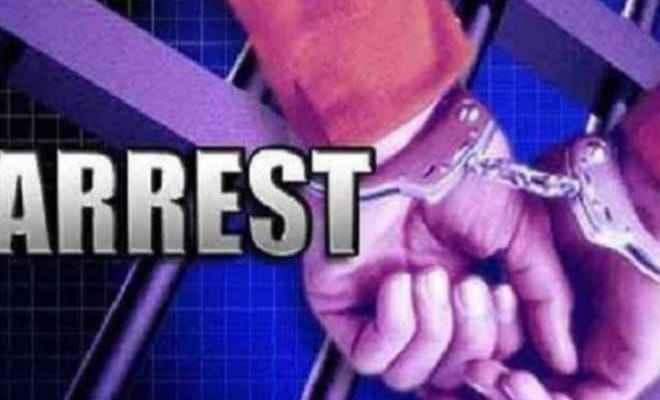 झारखंड: पुलिस ने गुप्त सूचना के आधार पर लूटपाट की नियत से घूम रहे पूर्व नक्सली किया गिरफ्तार