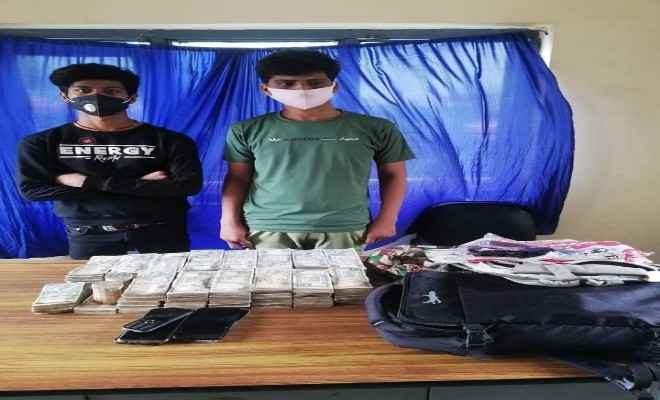 नेपाल पुलिस ने 53 लाख 80 हजार नगद के साथ दो हुण्डी कारोबारी को किया गिरफ्तार