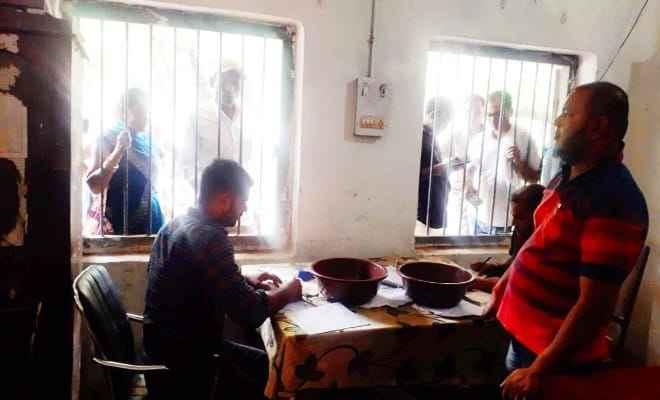 बगहा: पंचायत चुनाव के मद्देनजर प्रखण्ड बगहा दो में अभी तक 350 अभ्यार्थियों ने नामांकन हेतु कटवाएं रसीद