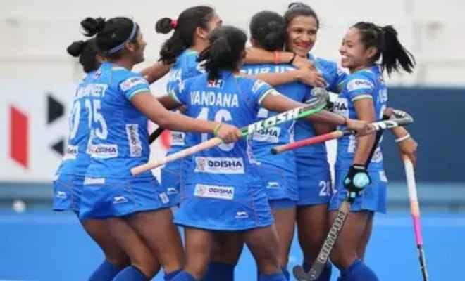 मध्य प्रदेश सरकार ने किया भारतीय महिला हॉकी टीम के खिलाड़ियों को सम्मानित